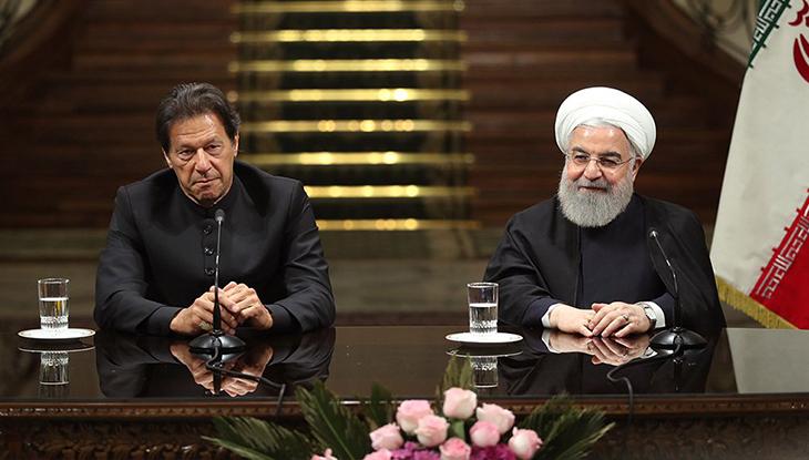 ইমরান খান ও হাসান রুহানি