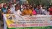 সোনারগাঁয়ে স্বেচ্ছাসেবক লীগ নেতার মামলা প্রত্যাহারের দাবিতে মানববন্ধন