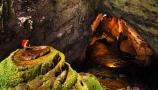 ৫০ লাখ বছরের প্রাচীন গুহায় ভিন্ন জলবায়ু, ভিতরেই তৈরি হয় মেঘ!
