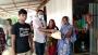 গোপালগঞ্জে বানভাসিদের মাঝে ত্রান বিতরণ
