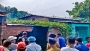 ঈশ্বরদীতে রেলওয়ের জমিতে গড়ে ওঠা অবৈধ স্থাপনা উচ্ছেদ